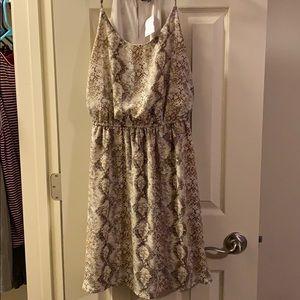 Brown snake print dress. Large NWT